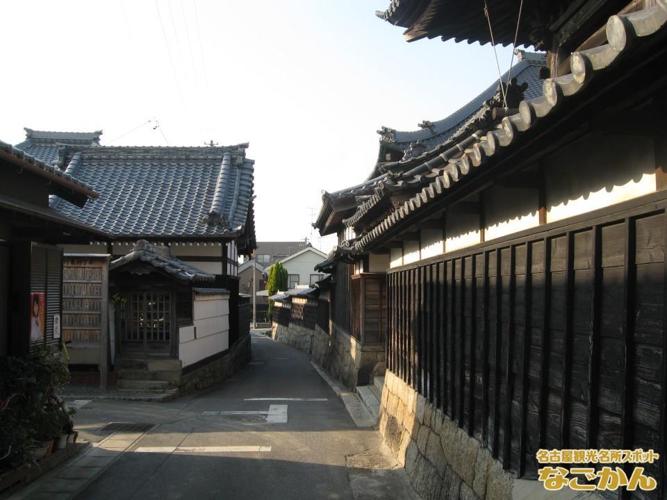 西尾城下町のおもかげが残る路地